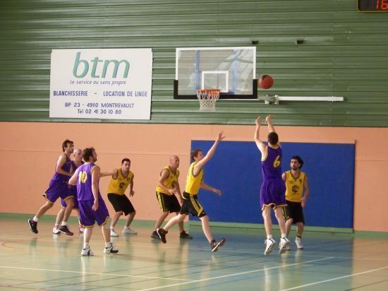 c. May s/Evre Energie Basket 2